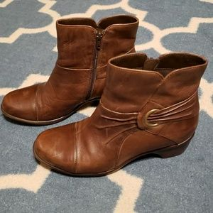 Clarks Brown Leather Boots 9 wide